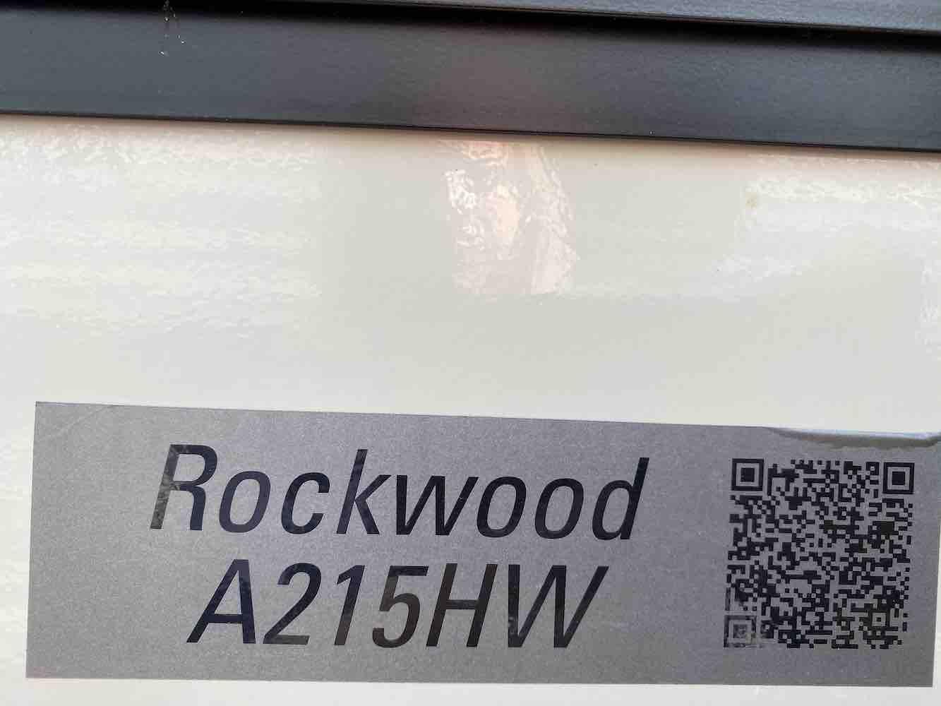 2018 FOREST RIVER ROCKWOOD PREMIER A215HW full