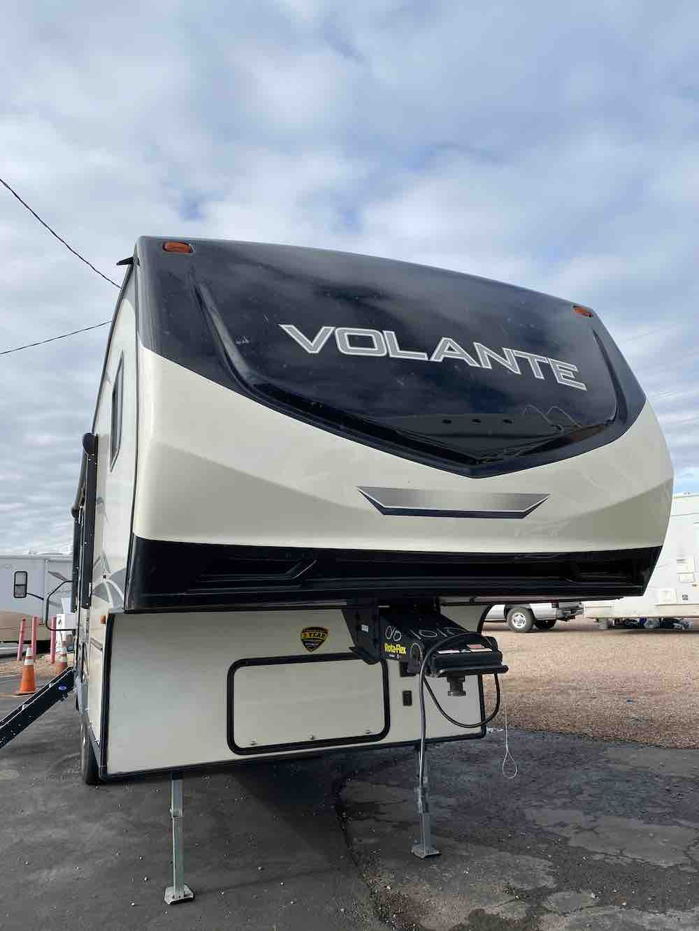 2019 KEYSTONE CROSSROADS VOLANTE VL240RL full